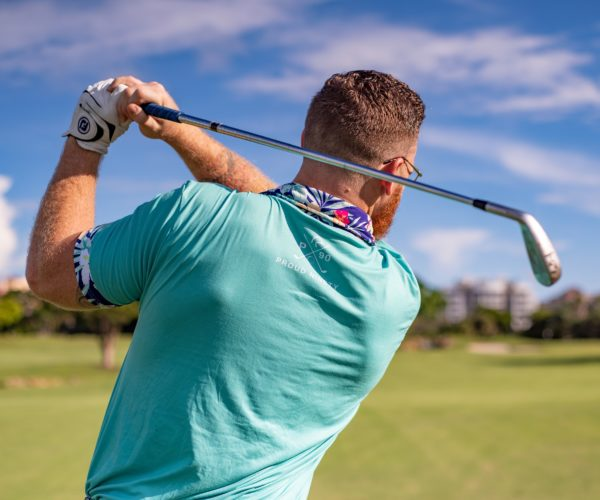 man-playing-golf-1409004