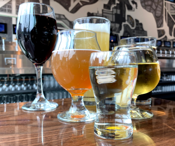 different types of glasses for beverages